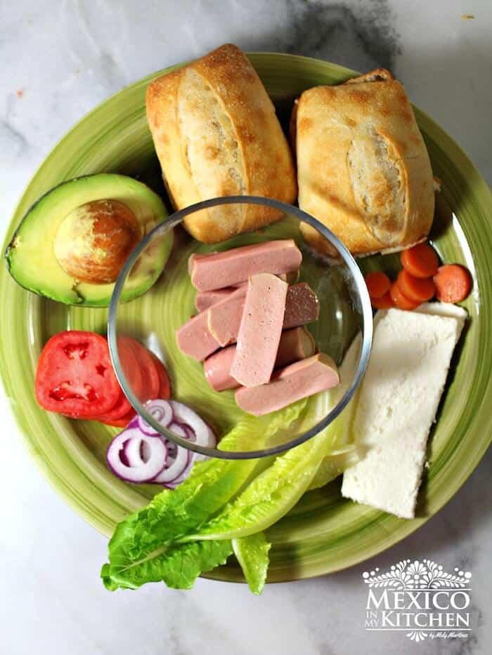 Ingredientes para preparar esta deliciosa Torta de salchichas